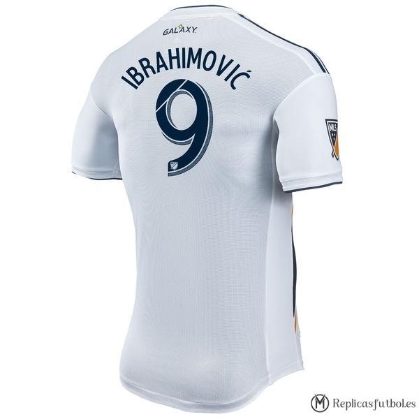 Camiseta Ibrahimović Los Angeles Galaxy Primera 2017 2018 Blanco Replicas  Futbol 508a0e3c33d69